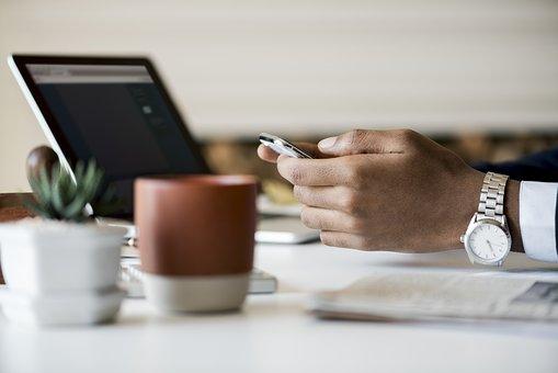 Factura electrónica: cuándo es obligatoria y cómo se emite